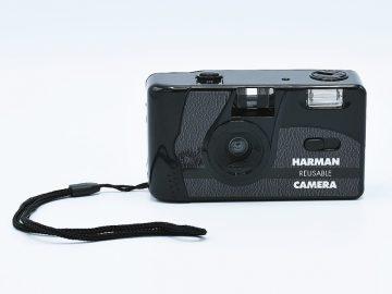 Foto aparat HARMAN sa blicem + 2 filma PAN 400 gratis
